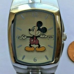 ACCUTIME Accessories - Disney Accutime  Mickey Mouse & Friends Stainless